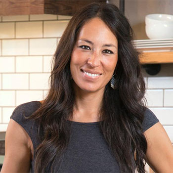 joanna gaines bio born age family height. Black Bedroom Furniture Sets. Home Design Ideas