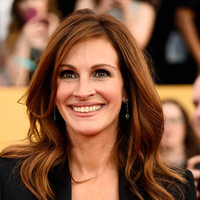 a biography of julia roberts an american actress Julia roberts is an american actress, and producer julia roberts has sometimes been credited as jules  julia roberts was born julia fiona roberts on october 28th, in atlanta, georgia, united states.