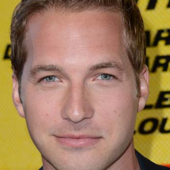 Ryan Hansen Bio - Born, age, Family